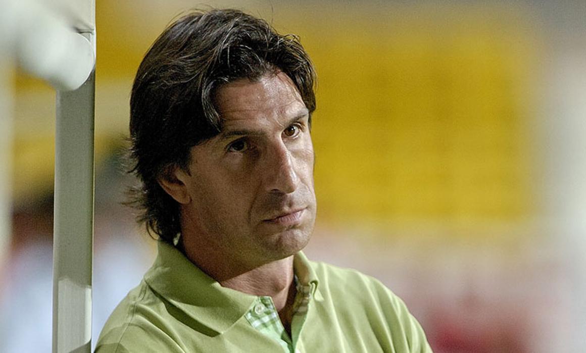 Paulo Alves Paulo Alves abandona o comando do Gil Vicente PBLICO