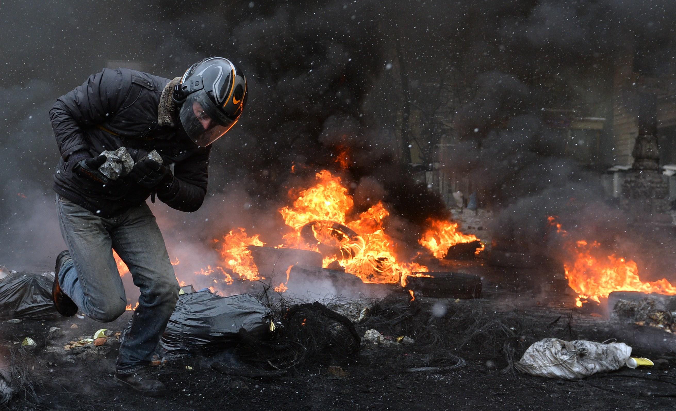 Espectaculares imágenes de los disturbios en Kiev 821792?tp=UH&db=IMAGENS